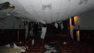 Μυτιλήνη: Κατέρρευσε η στέγη του Αναγνωστηρίου Αγιάσου από το χιόνι (pics)