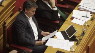 Επέκταση του κόφτη για την διετία 2019-2020 προτείνει ο Τσακαλώτος