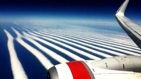 Αυστραλός κατέγραψε σπάνιο σχηματισμό σύννεφων κατά τη διάρκεια ταξιδιού (Pic)