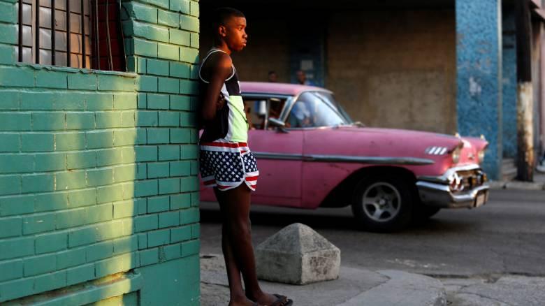 Ομπάμα: Τέλος στην πολιτική «βρεγμένο πόδι, στεγνό πόδι»