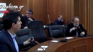 Άγριος καυγάς μεταξύ βουλευτών στο δημοτικό συμβούλιο Λουτρακίου (pics&vid)