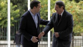 Τσίπρας και Αναστασιάδης χαράζουν στρατηγική για το Κυπριακό
