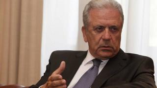 Αβραμόπουλος για προσφυγικό: Η Ε.Ε. θα συνεχίσει να στηρίζει την Ελλάδα