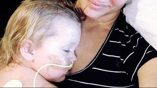 Ιατρικό θαύμα: Κοριτσάκι 2 ετών επέζησε από πνιγμό σε πισίνα