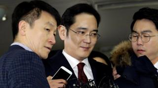 Νότια Κορέα: Ένταλμα σύλληψης κατά του προέδρου της Samsung
