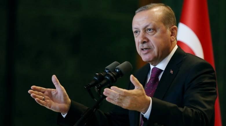 Τουρκία: Το Κοινοβούλιο ενέκρινε την ενίσχυση εξουσιών του Ερντογάν