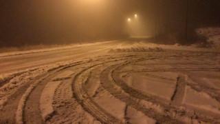 Ισχυρή χιονόπτωση στην Ήπειρο - Χωρίς νερό και ρεύμα οι κάτοικοι (vid)