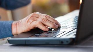 Ανερχόμενη δύναμη στο Ίντερνετ οι... ασπρομάλληδες
