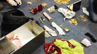 Ο απίστευτος θησαυρός που βρέθηκε στη θυρίδα της σπείρας των Ρομά (pics)