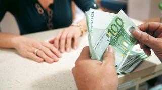 Πόσα πλήρωσαν οι Έλληνες σε φόρους το 2016