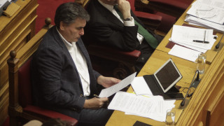 Νέα επιστολή Τσακαλώτου προς τους θεσμούς με εναλλακτικές προτάσεις