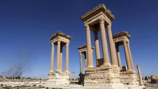 Συρία: Κατέστρεψαν το Ρωμαϊκό Θέατρο και το Τετράπυλον στην Παλμύρα οι τζιχαντιστές (pics&vid)