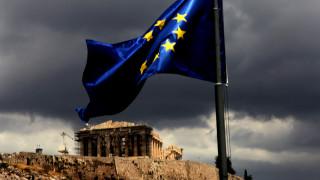 Financial Times: Πόσα μπορεί να αντέξει ο ελληνικός λαός;