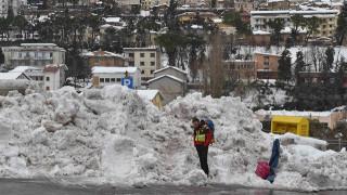 Χιονοστιβάδα Ιταλία: Στους εφτά ο αριθμός των επιζώντων (pics&vids)