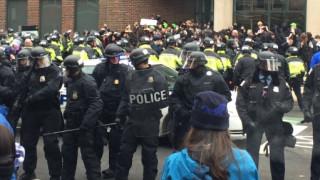Ορκωμοσία Τραμπ: Επεισόδια στους δρόμους της Ουάσιγκτον (pics&vids)