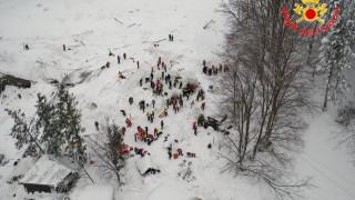 Χιονοστιβάδα Ιταλία: Συνεχίζονται οι έρευνες - αυξάνονται οι επιζώντες