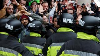 Τραμπ: Πώς οι διαδηλωτές δεν έγιναν αντιληπτοί από την αστυνομία (pics)