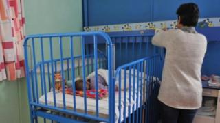 Πάτρα: Στην Ασφάλεια η μητέρα των τριών εγκαταλελειμμένων παιδιών
