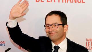 Γαλλία: Ο Αμόν άφησε πίσω τον Βαλς στον α' γύρο των προκριματικών των Σοσιαλιστών