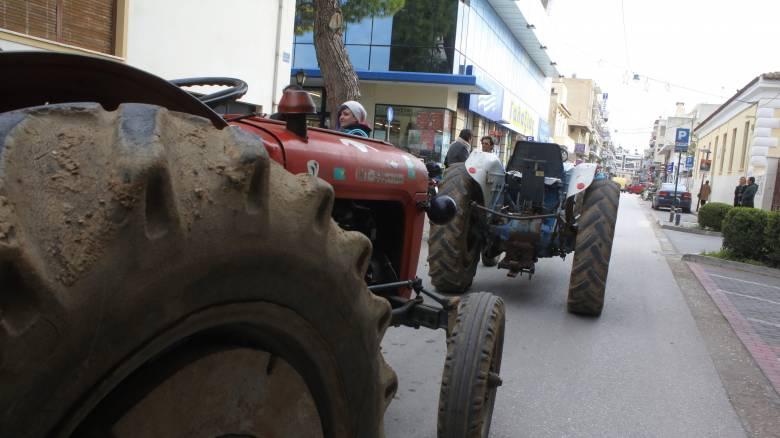 Μπλόκα αγροτών: Κατεβαίνουν στους δρόμους από σήμερα