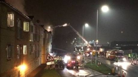 Ισχυρή έκρηξη σε συγκρότημα διαμερισμάτων στο Λονδίνο