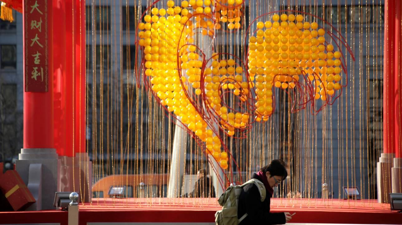 Τι δουλειά έχουν οι δράκοι στο κέντρο της Θεσσαλονίκης