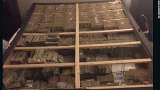 ΗΠΑ: 20 εκατομμύρια δολάρια κρυμμένα σε στρώμα