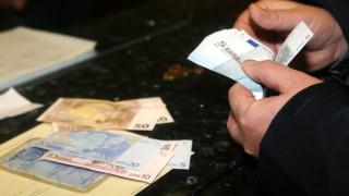 Τράπεζες: Αυστηρές προϋποθέσεις για το «κούρεμα» οφειλών