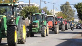 Μπλόκα αγροτών: Ταλαιπωρία στην εθνική Σερρών-Θεσσαλονίκης