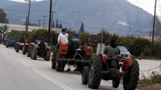 Μπλόκα αγροτών: Άνοιξε η εθνική οδός Κορίνθου-Πατρών