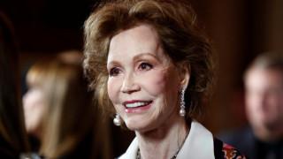 Πέθανε η ηθοποιός Mary Tyler Moore