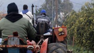 Μπλόκα αγροτών: Το Σάββατο τα τρακτέρ στα διόδια των Μαλγάρων