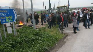 Αγρότες: Στήνουν μπλόκο στον κόμβο της Νίκαιας