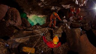 Το ταξίδι των αστροναυτών ξεκινά από μία σπηλιά – Αλλά γιατί;