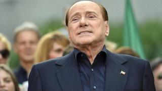 Σίλβιο Μπερλουσκόνι: Κλήση σε απολογία για διαφθορά καλλονών στην βίλα Άρκορε