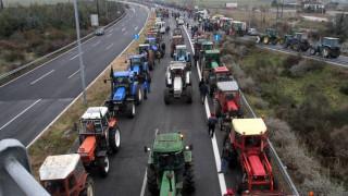 Αγρότες: Ενισχύονται τα μπλόκα
