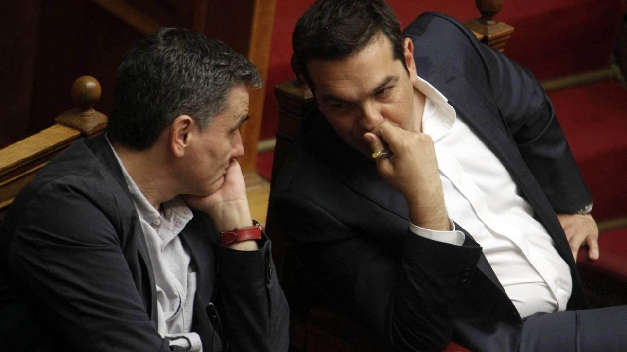 Τρία σενάρια και πρόωρες εκλογές μετά το «ναυάγιο» στο Eurogroup
