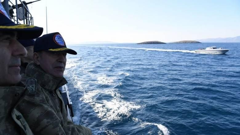 Τουρκική πυραυλάκατος και φουσκωτά προσέγγισαν τα Ίμια (pics)