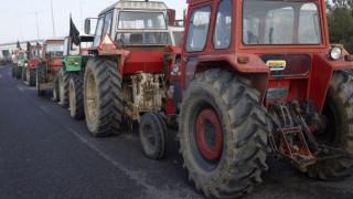 Μπλόκα αγροτών: Κλειστή η εθνική οδός Κορίνθου-Πατρών, στο Αίγιο
