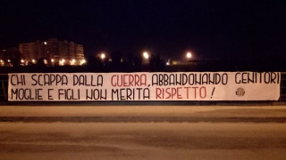 «Οι πρόσφυγες δεν αξίζουν σεβασμό»: Η σοκαριστική καμπάνια της ιταλικής ακροδεξιάς