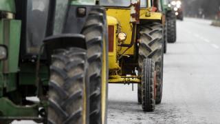 Μπλόκα αγροτών: Κλειστή η εθνική οδός Θεσσαλονίκης - Ευζώνων