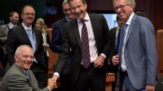 Αποκλειστικό CNN Greece: Συνάντηση Τόμσεν-Σόιμπλε για την Ελλάδα