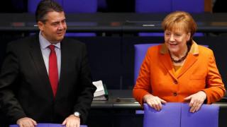 Ο Γκάμπριελ ασκεί κριτική σε Μέρκελ και Σόιμπλε για το ελληνικό πρόγραμμα