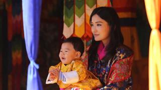 «Τρέμε» George: Αυτός είναι ο γλυκύτατος πρίγκιπας του Μπουτάν (pics)