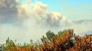 Αλόννησος: Πυρκαγιά κοντά σε οικισμό