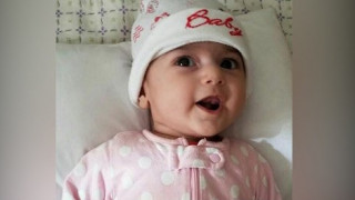 Μικρή Ιρανή πήρε άδεια να ταξιδέψει στις ΗΠΑ για να υποβληθεί σε επείγουσα εγχείρηση