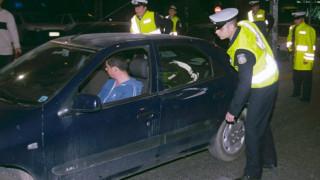 Τροχαία: 2.077 παραβάσεις και 30 συλλήψεις σε ένα Σαββατόβραδο
