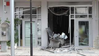 Ανατίναξαν ΑΤΜ τράπεζας στα Καμένα Βούρλα