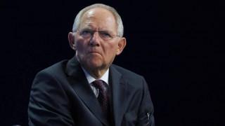 Die Welt: Γιατί το πόκερ Σόιμπλε-ΔΝΤ μπορεί να γίνει επικίνδυνο
