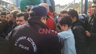 Ελληνικό: Τι λέει ο 12χρονος που ήρθε αντιμέτωπος με τον αστυνομικό
